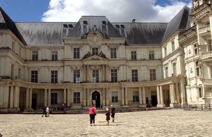 Chateau Royal courtyard