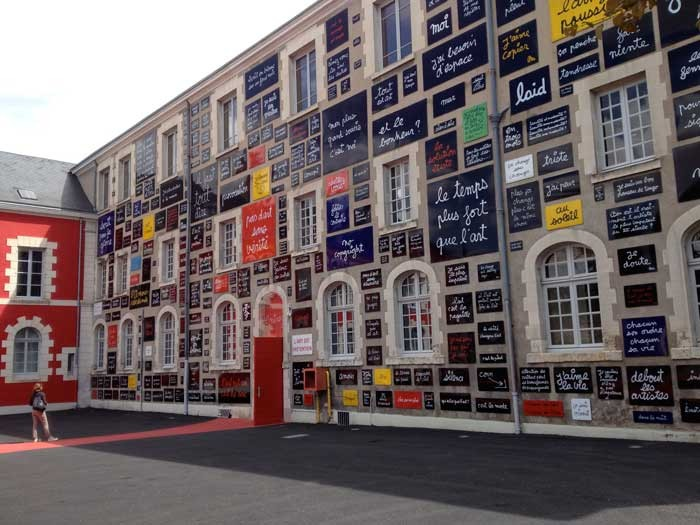 La Fondation de Doute, building front